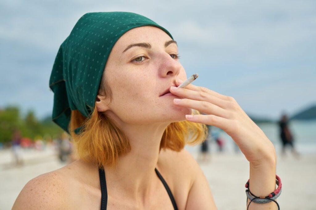 65% מבני הנוער למרות החוק, קל להשיג סיגריות